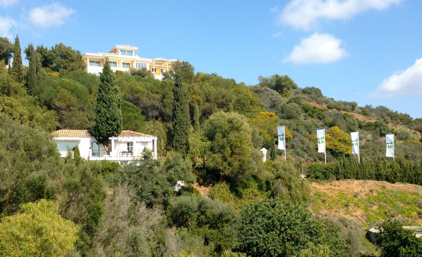 MEDITERRANEAN ARCHITECTURE IN A SUSTAINABLE ENVIRONMENT